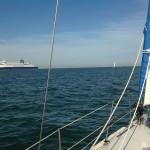 Fährenbegegnung im Kanal