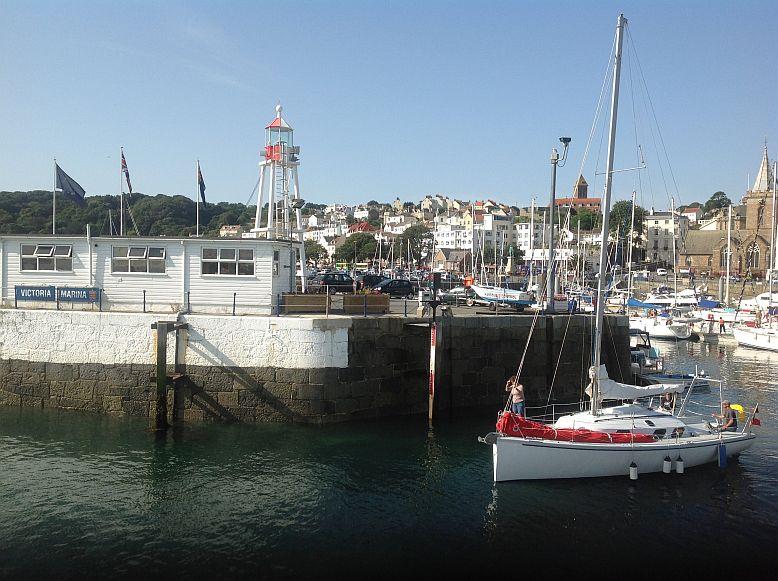 Guernsey - 2 Std. nach Hochwasser