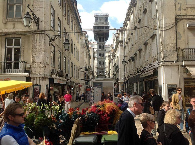 Lissabon Aufzug (09.11.2013)