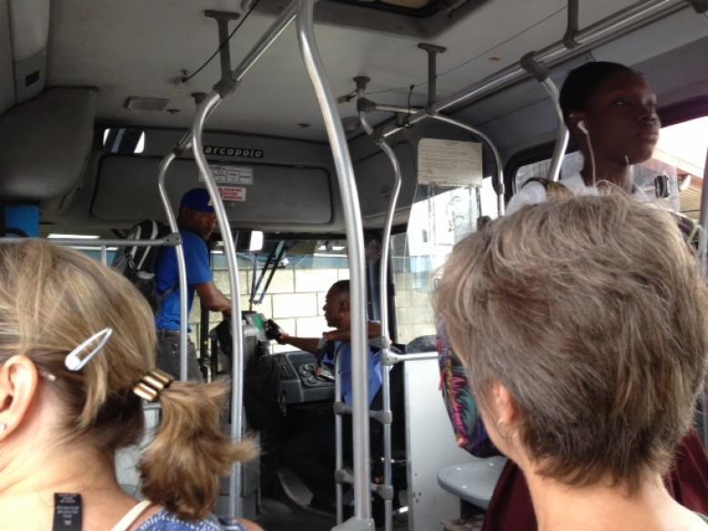 Mit dem Bus durchs Land - für einen US-Dollar