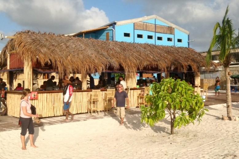 Strandbar Pirate Cove